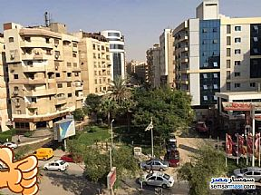 Ad Photo: Apartment 2 bedrooms 1 bath 130 sqm super lux in Maadi  Cairo