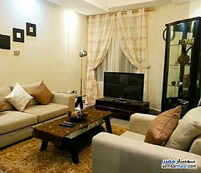 Ad Photo: Apartment 3 bedrooms 3 baths 220 sqm extra super lux in Heliopolis  Cairo