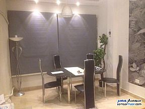 Ad Photo: Apartment 3 bedrooms 2 baths 250 sqm extra super lux in Zamalek  Cairo