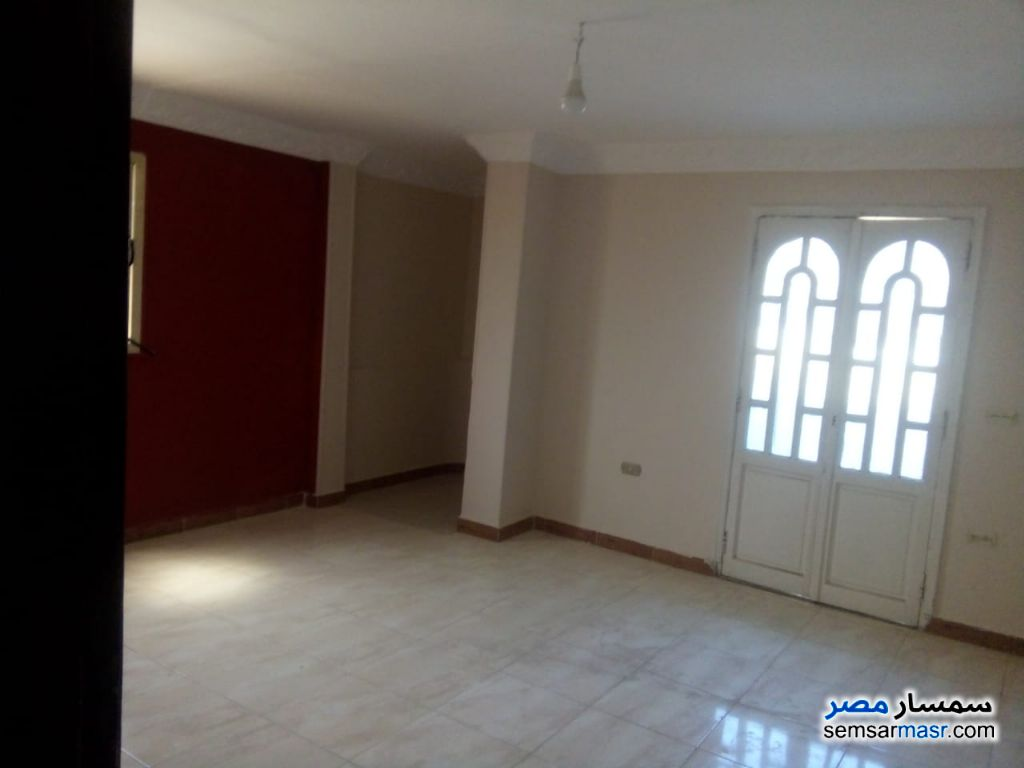 Photo 1 - Apartment 3 bedrooms 1 bath 160 sqm extra super lux For Rent New Nozha Cairo