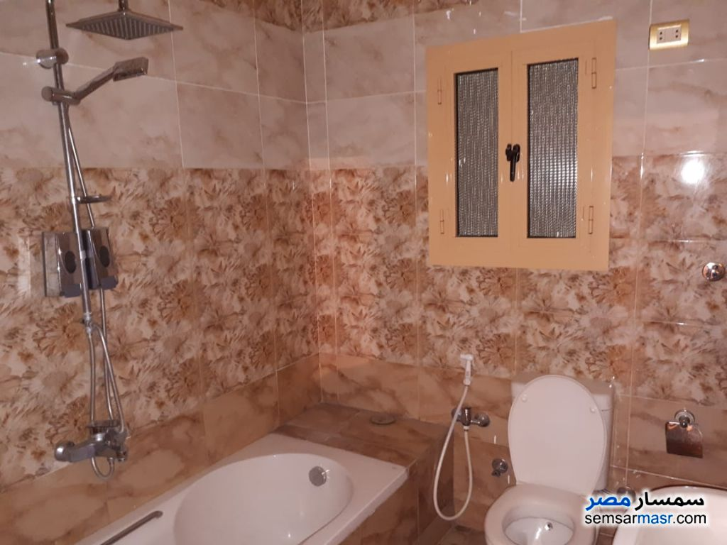 Photo 6 - Apartment 3 bedrooms 2 baths 150 sqm extra super lux For Rent Haram Giza