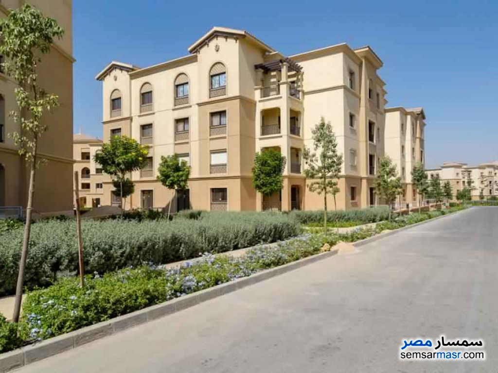 Ad Photo: Apartment 3 bedrooms 2 baths 186 sqm super lux in New Cairo  Cairo