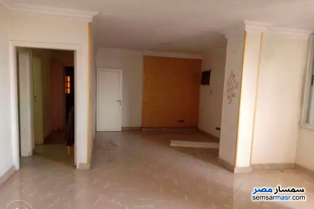 Photo 2 - Apartment 2 bedrooms 1 bath 125 sqm super lux For Rent Haram Giza