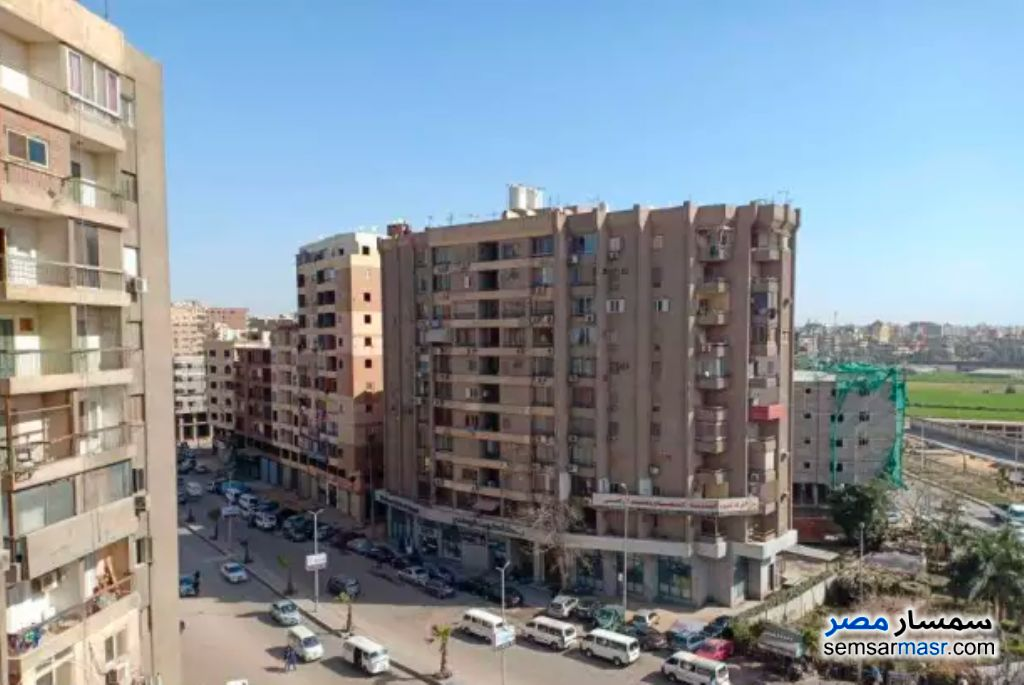 Photo 1 - Apartment 2 bedrooms 1 bath 125 sqm super lux For Rent Haram Giza