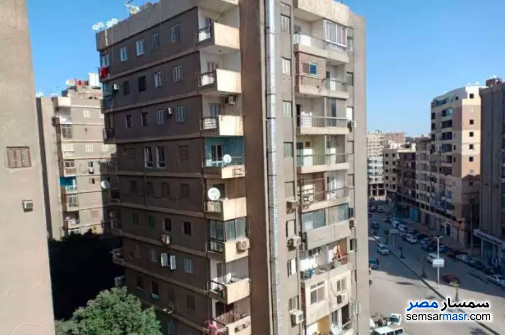 Photo 4 - Apartment 2 bedrooms 1 bath 125 sqm super lux For Rent Haram Giza