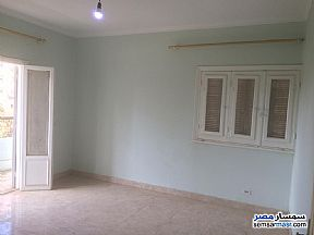 Ad Photo: Apartment 3 bedrooms 1 bath 150 sqm extra super lux in Maadi  Cairo