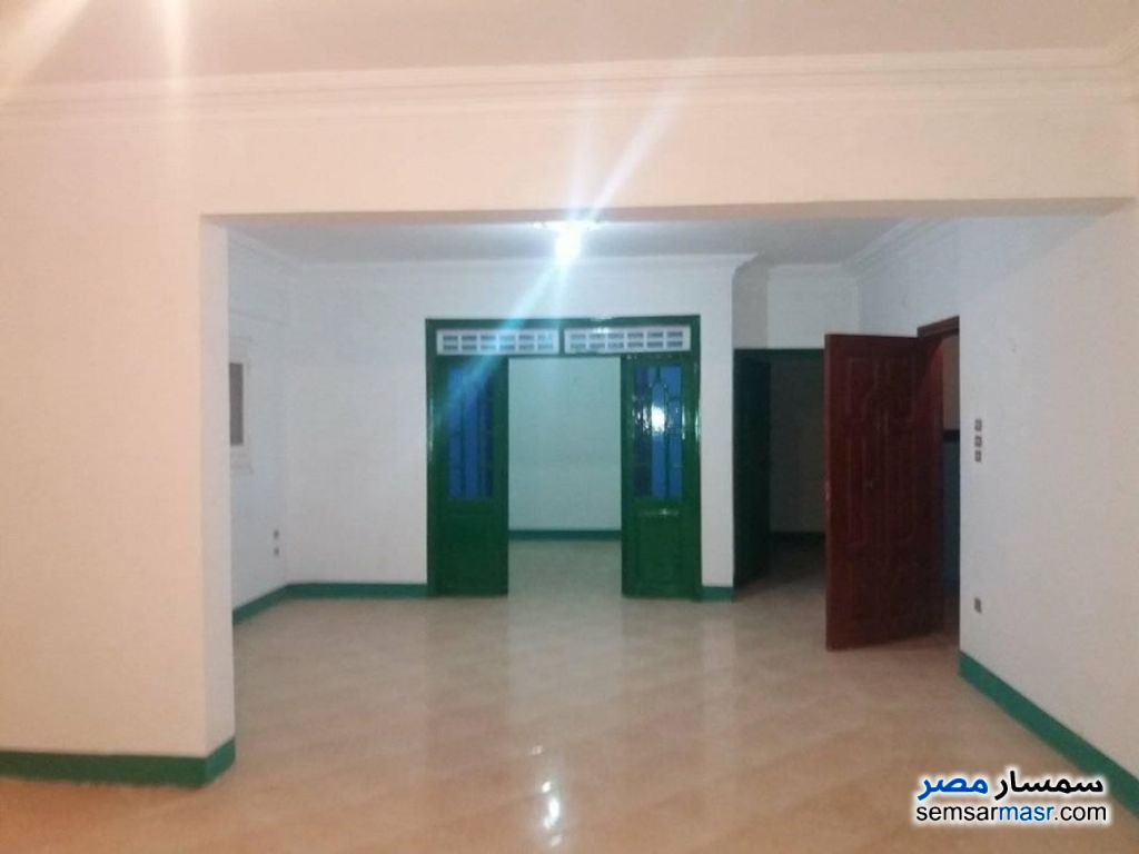 Photo 1 - Apartment 4 bedrooms 2 baths 190 sqm super lux For Rent Zagazig Sharqia