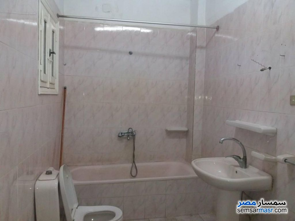 Photo 4 - Apartment 4 bedrooms 2 baths 190 sqm super lux For Rent Zagazig Sharqia