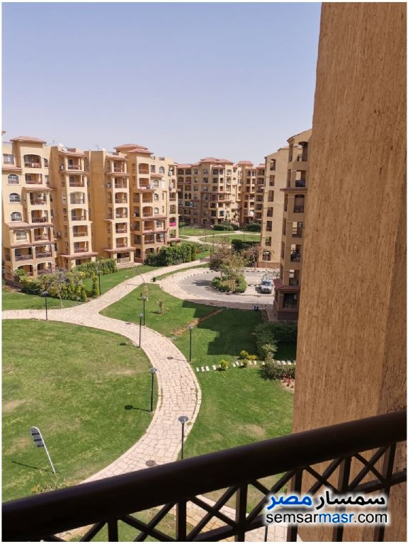 Ad Photo: Apartment 3 bedrooms 2 baths 140 sqm lux in Madinaty  Cairo