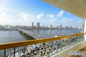 Ad Photo: Apartment 2 bedrooms 2 baths 170 sqm extra super lux in Al Manial  Cairo