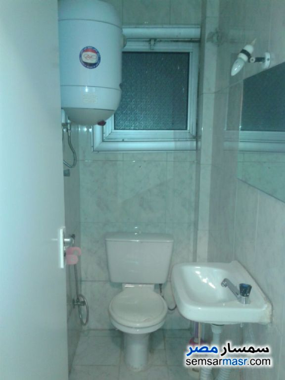 Photo 2 - Apartment 2 bedrooms 2 baths 165 sqm extra super lux For Rent Zamalek Cairo