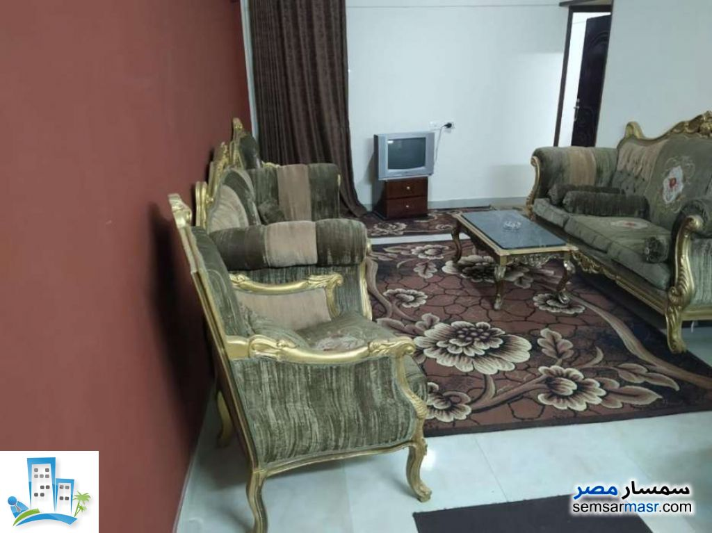 Ad Photo: Apartment 2 bedrooms 1 bath 110 sqm in Haram  Giza
