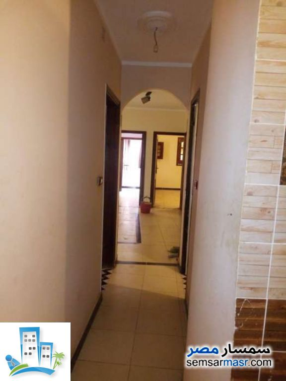 Ad Photo: Apartment 3 bedrooms 1 bath 120 sqm extra super lux in Marg  Cairo