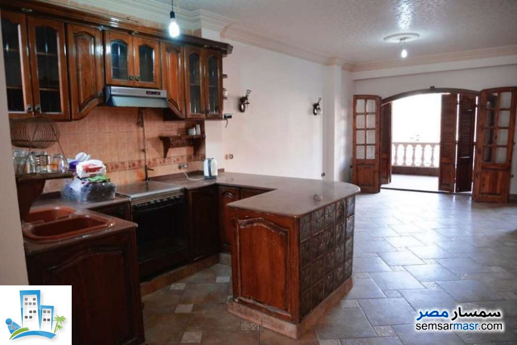 Ad Photo: Apartment 3 bedrooms 2 baths 200 sqm in Heliopolis  Cairo