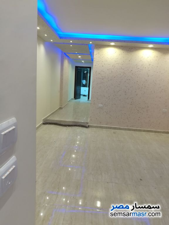 Ad Photo: Commercial 2 bedrooms 2 baths 130 sqm extra super lux in Dokki  Giza