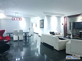 Ad Photo: Apartment 3 bedrooms 3 baths 180 sqm extra super lux in Mohandessin  Giza