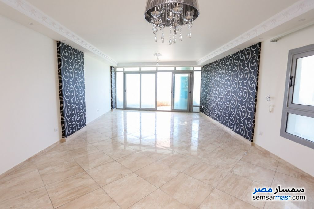 Photo 2 - Apartment 3 bedrooms 3 baths 260 sqm super lux For Rent Al Lbrahimiyyah Alexandira