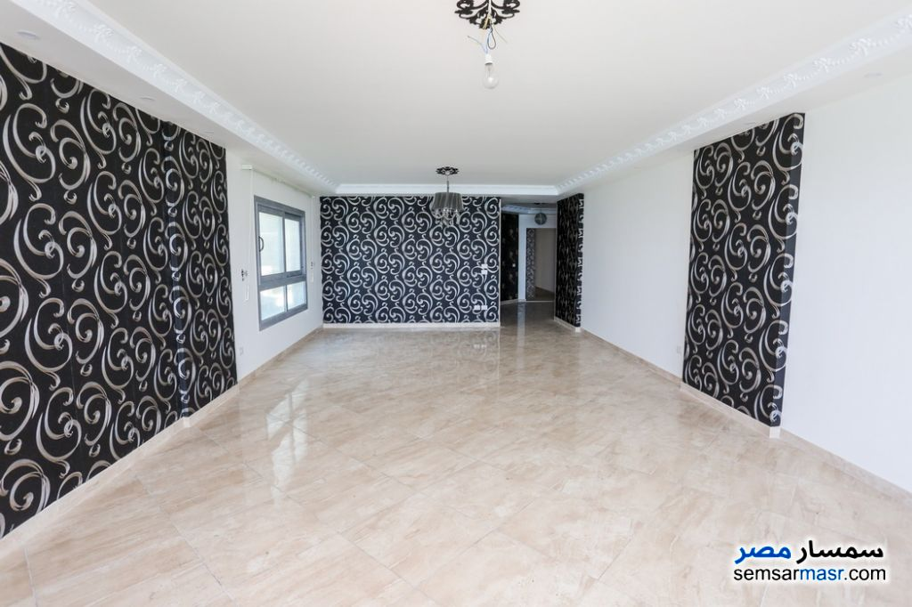 Photo 3 - Apartment 3 bedrooms 3 baths 260 sqm super lux For Rent Al Lbrahimiyyah Alexandira