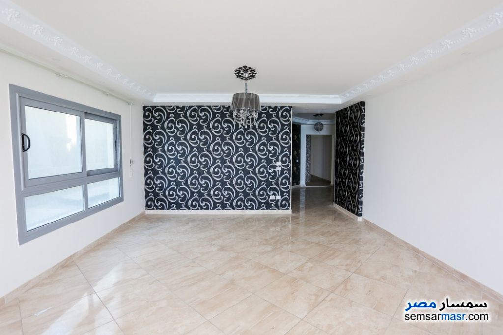 Photo 4 - Apartment 3 bedrooms 3 baths 260 sqm super lux For Rent Al Lbrahimiyyah Alexandira