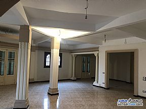 Ad Photo: Apartment 6 bedrooms 2 baths 330 sqm super lux in Heliopolis  Cairo