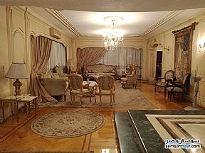 Ad Photo: Apartment 6 bedrooms 4 baths 400 sqm extra super lux in Mohandessin  Giza