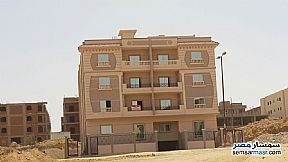 Ad Photo: Apartment 3 bedrooms 2 baths 147 sqm semi finished in Shorouk City  Cairo