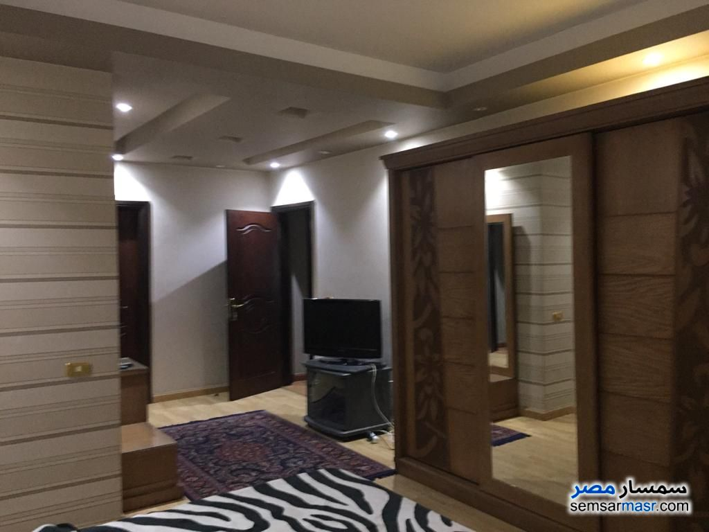 Photo 30 - Apartment 4 bedrooms 4 baths 300 sqm extra super lux For Sale Mohandessin Giza
