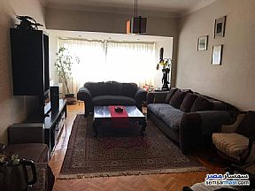 Ad Photo: Apartment 3 bedrooms 2 baths 185 sqm lux in Zamalek  Cairo