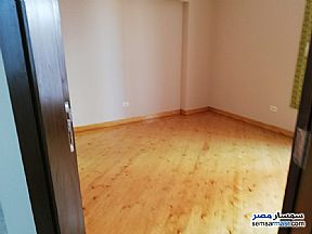 Ad Photo: Apartment 3 bedrooms 2 baths 180 sqm super lux in El Motamayez District  6th of October