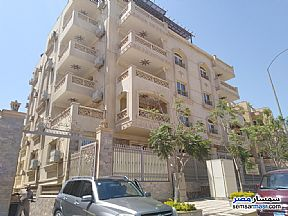 Ad Photo: Apartment 4 bedrooms 4 baths 400 sqm extra super lux in El Motamayez District  6th of October