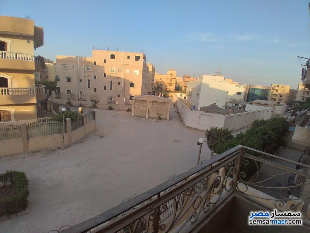 Ad Photo: Apartment 3 bedrooms 2 baths 185 sqm semi finished in Al Fardous City  6th of October