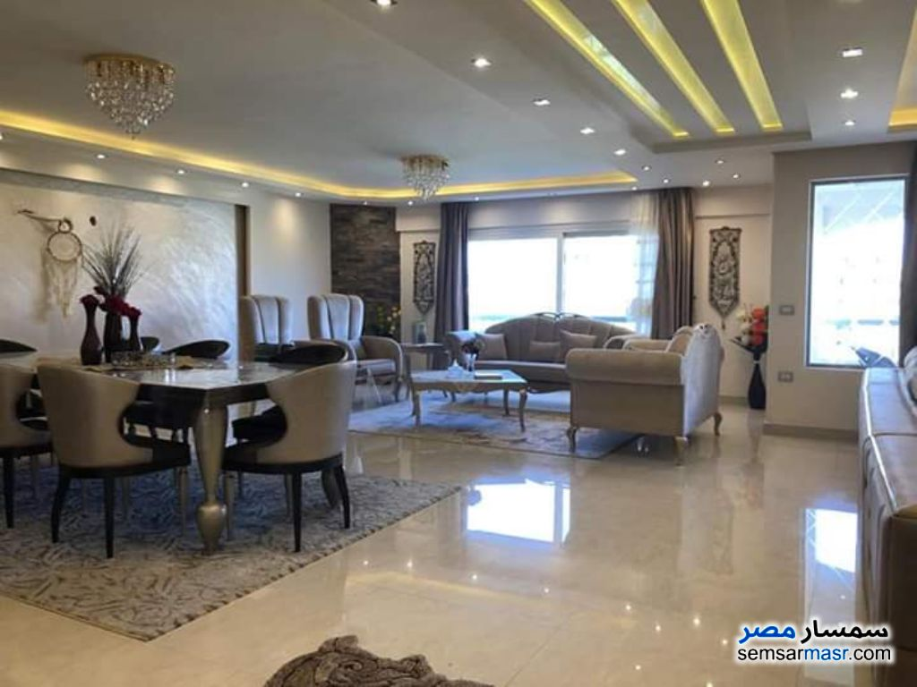 Photo 1 - Apartment 3 bedrooms 3 baths 250 sqm super lux For Sale Maadi Cairo