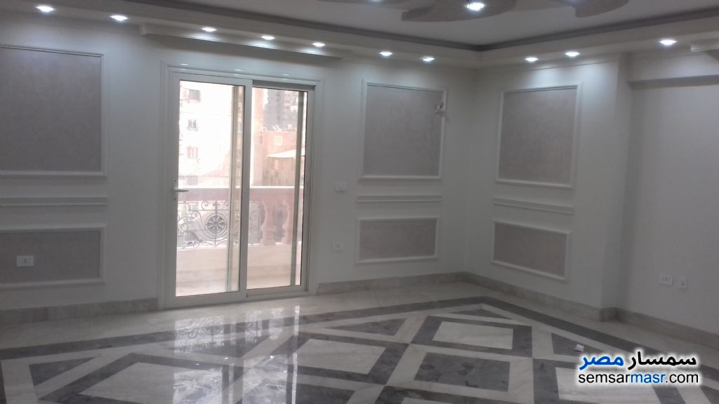 Photo 2 - Apartment 3 bedrooms 3 baths 210 sqm extra super lux For Sale Mohandessin Giza