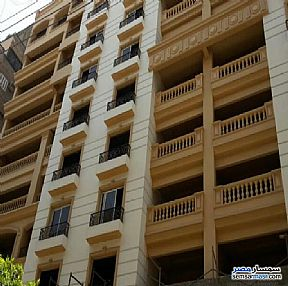 Ad Photo: Apartment 3 bedrooms 1 bath 105 sqm semi finished in Helmeya  Cairo