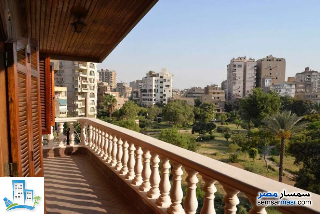 Ad Photo: Apartment 2 bedrooms 2 baths 200 sqm lux in Heliopolis  Cairo