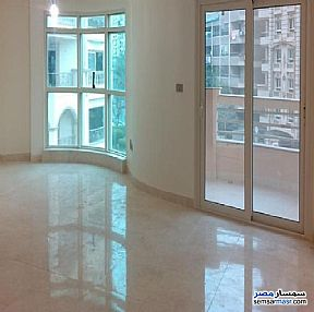 Ad Photo: Apartment 2 bedrooms 1 bath 151 sqm super lux in Heliopolis  Cairo