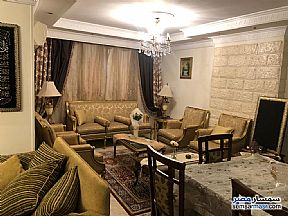 Ad Photo: Apartment 5 bedrooms 3 baths 260 sqm extra super lux in Nasr City  Cairo