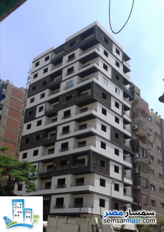 Ad Photo: Apartment 3 bedrooms 2 baths 140 sqm semi finished in Halwan  Cairo