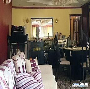 Ad Photo: Apartment 3 bedrooms 3 baths 345 sqm semi finished in Heliopolis  Cairo