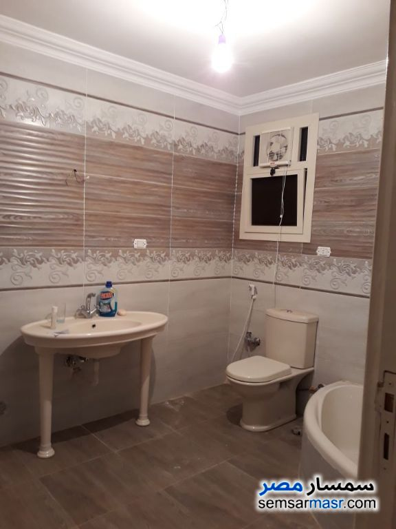 Photo 13 - Apartment 2 bedrooms 1 bath 135 sqm extra super lux For Sale Faisal Giza