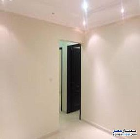 Ad Photo: Apartment 2 bedrooms 1 bath 120 sqm super lux in Heliopolis  Cairo