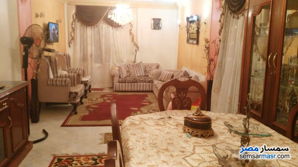 Photo 1 - Apartment 3 bedrooms 1 bath 86 sqm extra super lux For Sale 15 May City Cairo