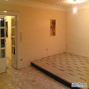 Ad Photo: Apartment 3 bedrooms 1 bath 130 sqm super lux in Heliopolis  Cairo