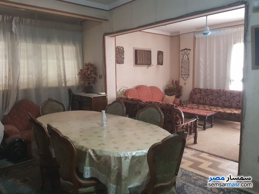 Photo 3 - Apartment 4 bedrooms 2 baths 222 sqm lux For Sale Heliopolis Cairo