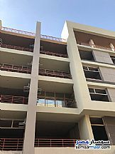 Ad Photo: Apartment 2 bedrooms 1 bath 139 sqm semi finished in Shorouk City  Cairo