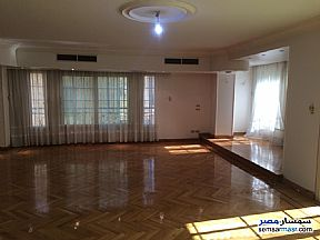 Ad Photo: Apartment 4 bedrooms 3 baths 360 sqm extra super lux in Heliopolis  Cairo