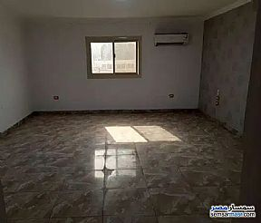 Ad Photo: Apartment 3 bedrooms 2 baths 235 sqm extra super lux in Mohandessin  Giza