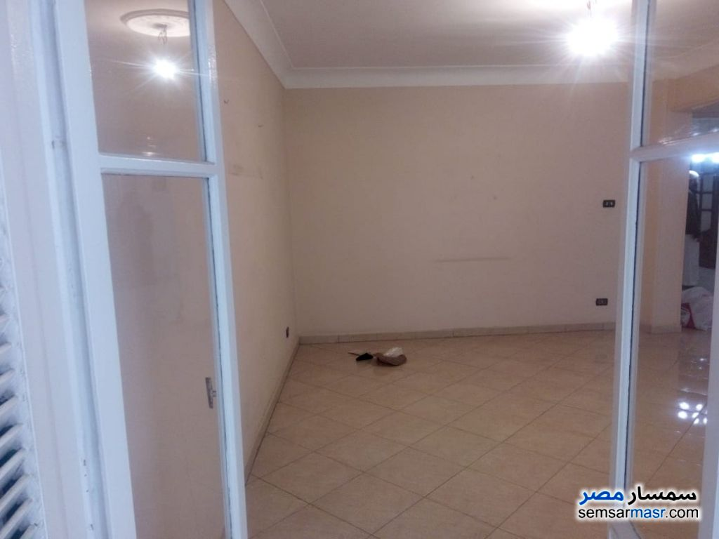 Photo 4 - Apartment 3 bedrooms 2 baths 145 sqm super lux For Sale Haram Giza