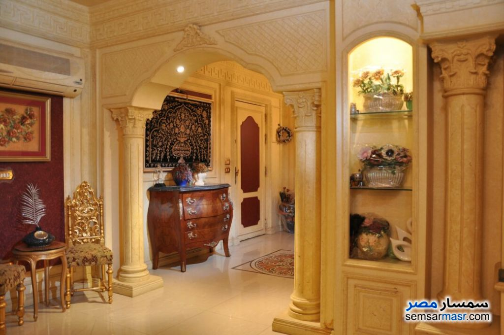 Photo 1 - 3 bedrooms 2 baths 240 sqm super lux For Sale Mohandessin Giza