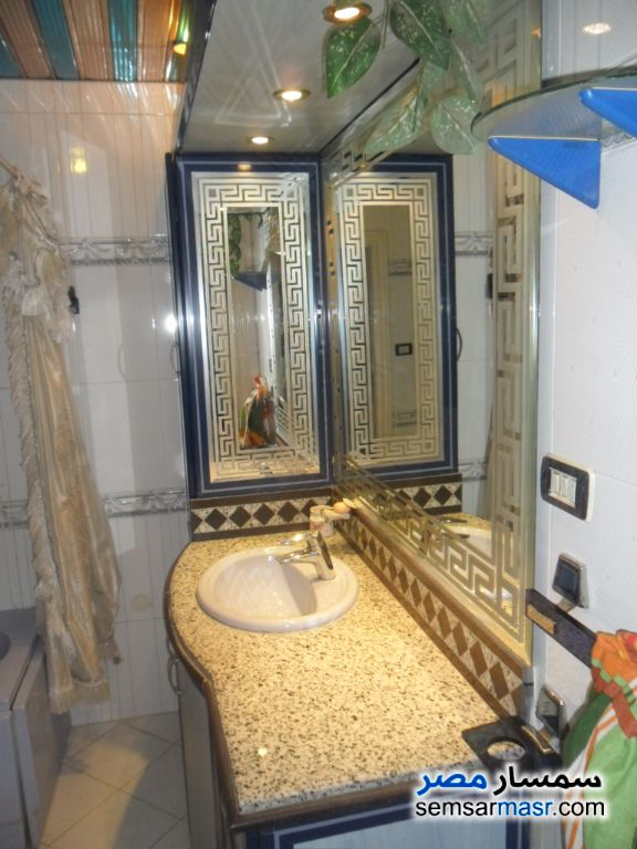 Photo 9 - Apartment 3 bedrooms 2 baths 240 sqm super lux For Sale Mohandessin Giza